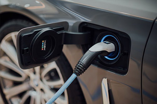 Urban Renewables provides EV charging infrastructure solutions in cities.